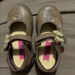 Toddler girl shoes brown